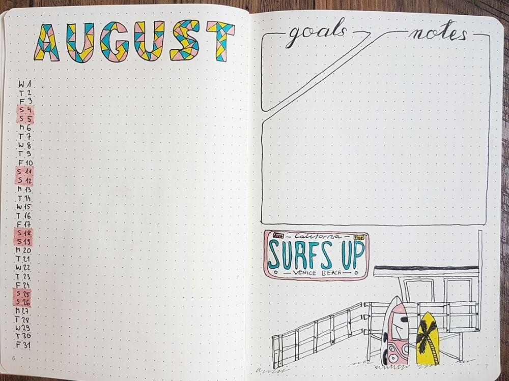 cute august monthly calendar vertical